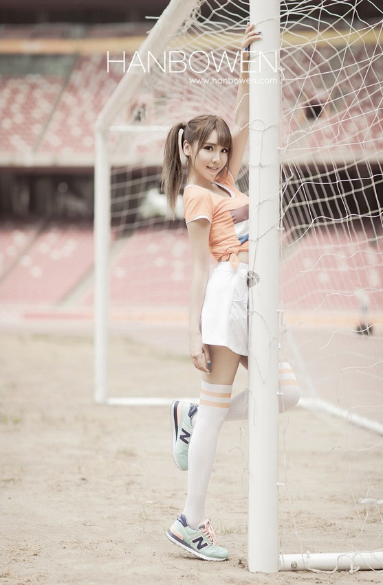 Photoshop美化足球宝贝写真照片调色处理