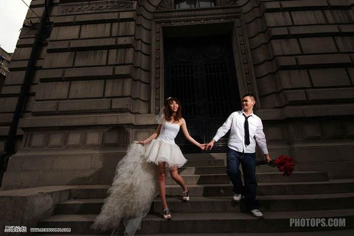 Photoshop调出墨绿色写真效果的婚纱照片