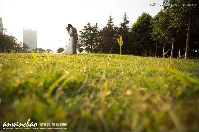 Photoshop制作绿色草地上的外景婚纱照片