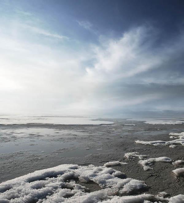 Photoshop合成冰河上的科幻城堡图片效果