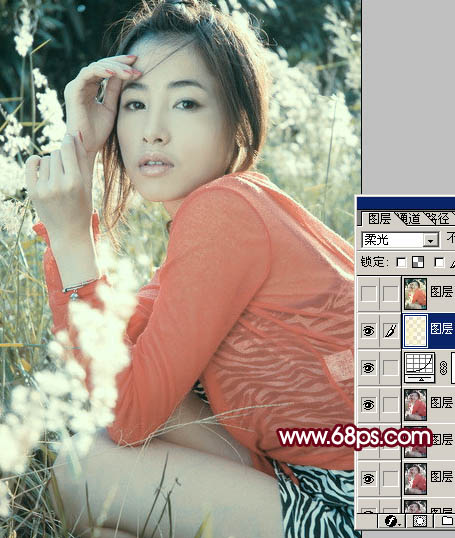 Photoshop调出鲜艳青红色彩的外景美女照片