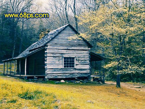 Photoshop调出橙蓝色的柔美山林木屋照片