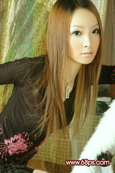 Photoshop调出青黄色效果的长发美女照片