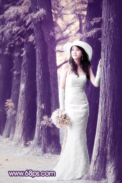 Photoshop调出紫色怀旧的树林人物写真照片