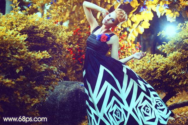 Photoshop制作色彩鲜艳的橙蓝色树林模特照片