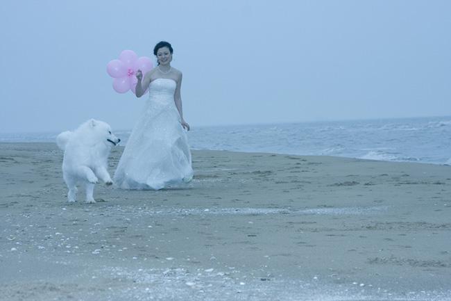 Photoshop修复灰色海景婚纱照片美化处理教程