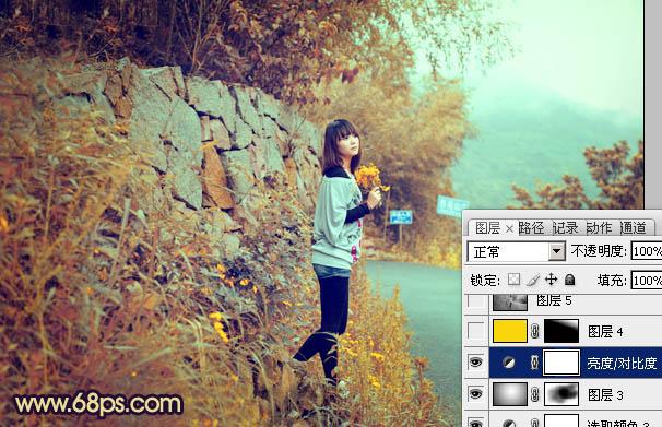 Photoshop调出秋天青黄色的路边女孩图片