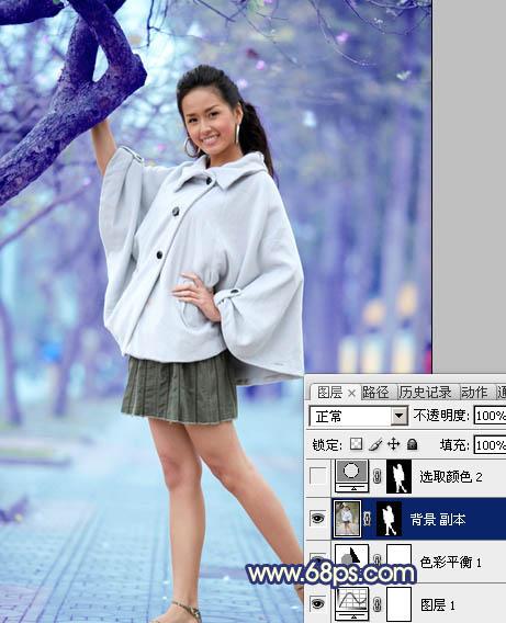 Photoshop调出冷调蓝紫色的街拍女孩图片