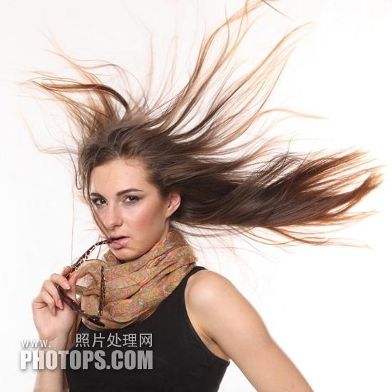 Photoshop抽出滤镜抠出飘逸头发丝图片教程