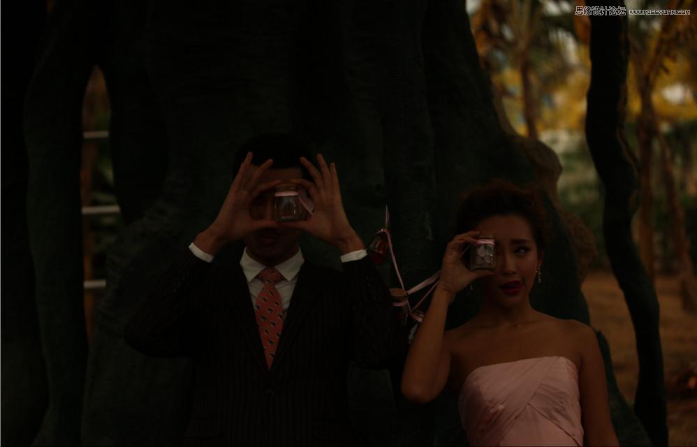 Photoshop给严重曝光不足的婚纱照片调亮处理