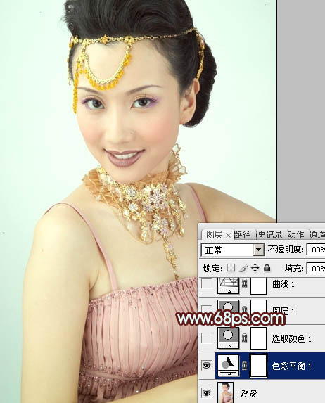 Photoshop修出淡青色妩媚女性写真图片