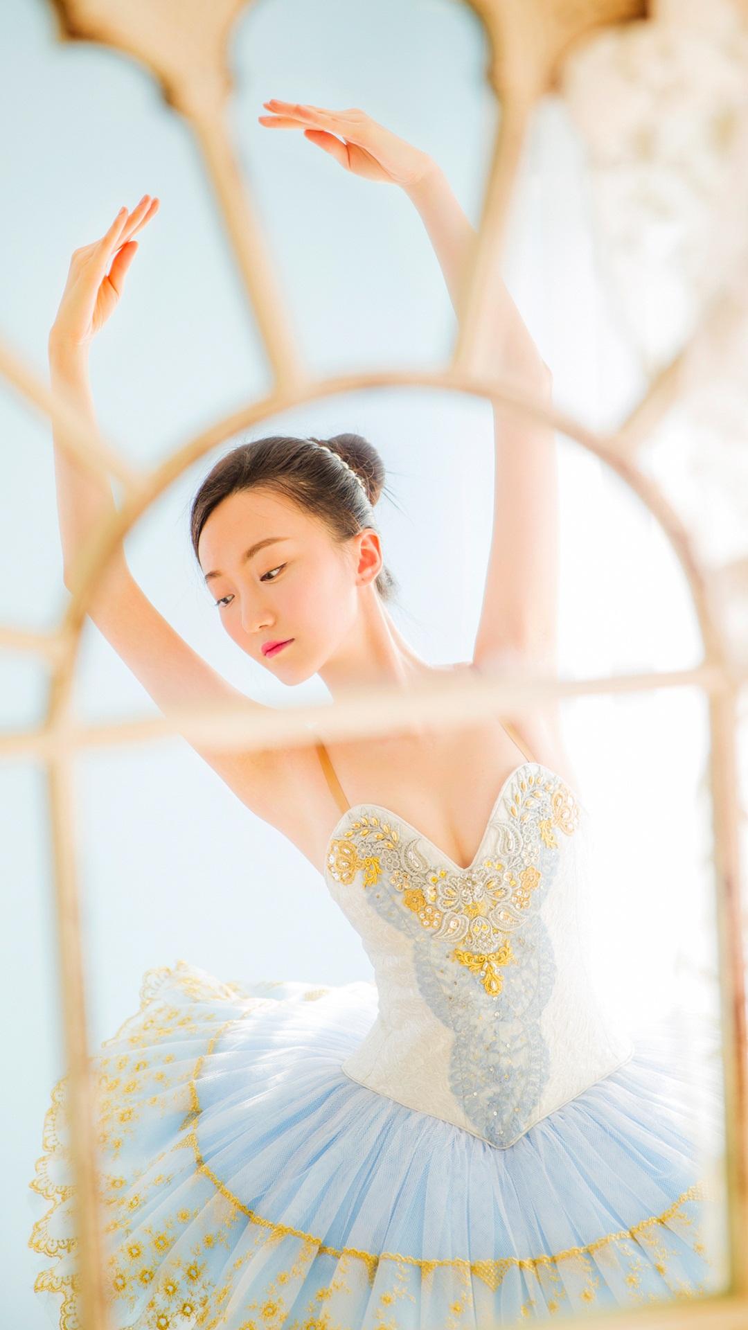 芭蕾舞美女唯美写真手机壁纸